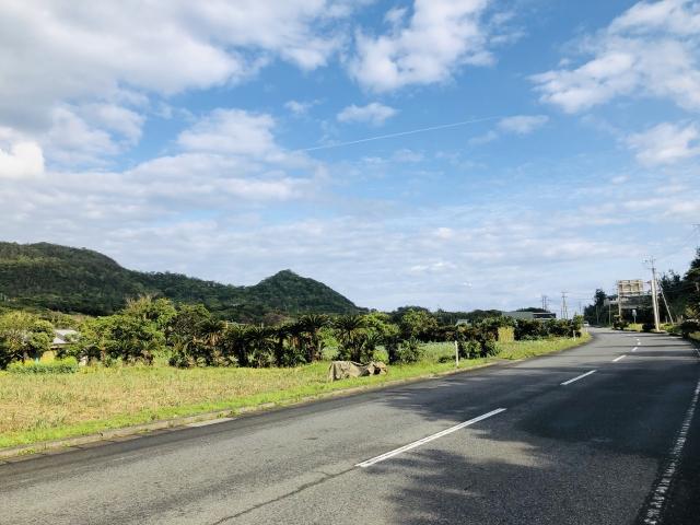 「奄美空港付近のバスやレンタカーのおすすめは?特典やフリーパスまとめ」のアイキャッチ画像